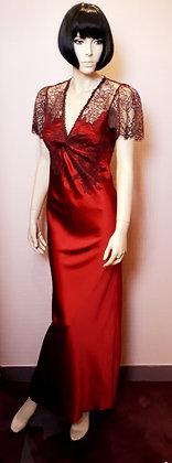 Nuisette longue en soie rouge