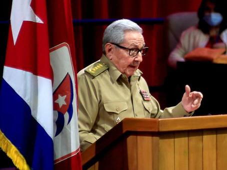 Cuba : fin de l'ère Castro mais pas du communisme