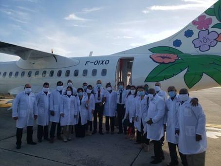 Des médecins Cubains à la Martinique.