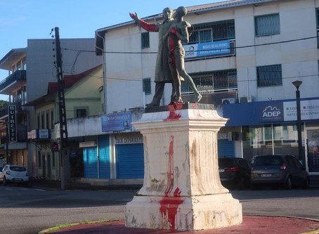 [ GUYANE ] La Statue de Victor Schœlcher vandalisée par de la peinture rouge