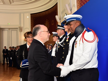 Le policier martiniquais décoré par le Ministre de l'Intérieur