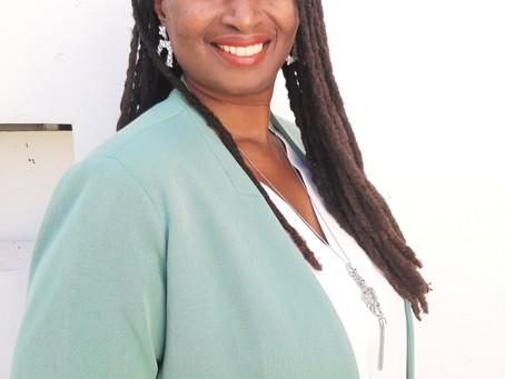 """Christelle Nanor : """" avec ma liste nous voulons mettre la région au service du peuple """""""