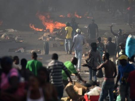 Haïti en ébullition après la hausse des carburants.