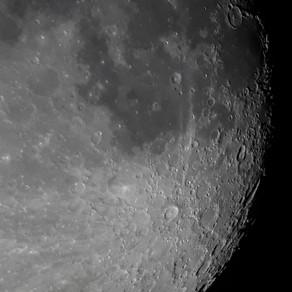 Lua - Crateras Tycho e Clavius em Destaque
