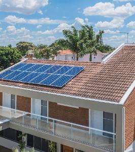 paineis-solares-em-casa-1495555348891_61