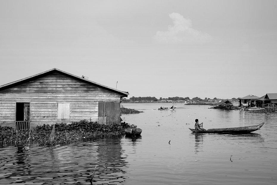 Tonle Sap-1.jpg