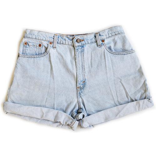 Vintage Levi's Light Wash High Rise Cuffed Denim Shorts - 30
