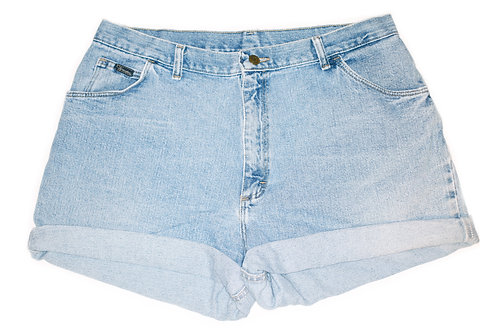 Vintage Wrangler Light Wash High Rise Cuffed Shorts - Sz 36