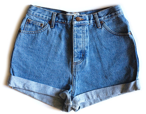 Vintage High Rise Cuffed Denim Shorts - 29/30