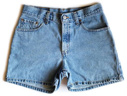 Vintage Levi's Medium Wash High Rise Denim Shorts – 28/29