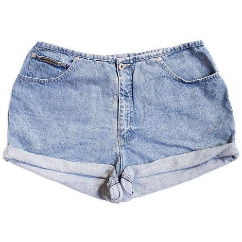 Vintage Light High Rise Cuffed Shorts - 34/35