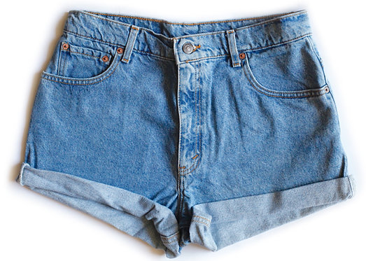 Vintage Levi's Light Wash High Rise Cuffed Shorts - 31