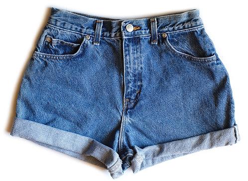Vintage Medium Wash High Rise Cuffed Denim Shorts – 25/26