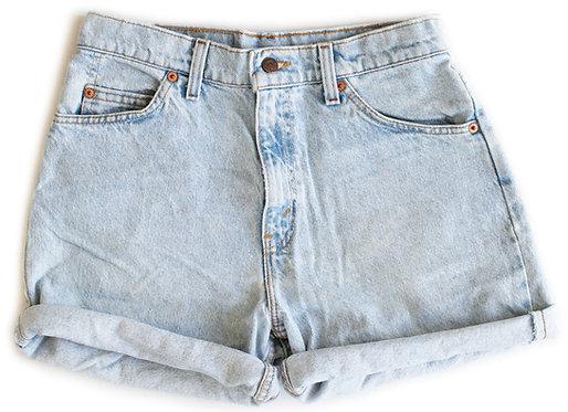 Vintage Levi's Light Blue Wash High Rise Cuffed Shorts - Sz 29