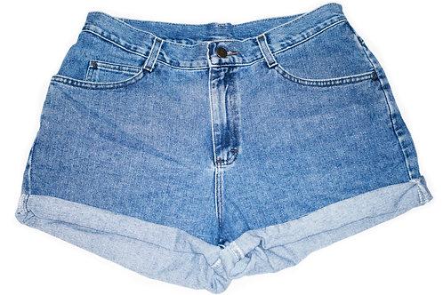 Vintage Lee Medium Wash High Rise Shorts – Sz 33