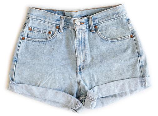 Vintage Levi's Light Blue Wash High Rise Cuffed Shorts - Sz 28/29
