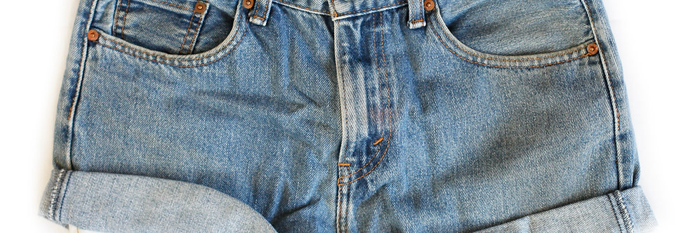 Vintage Levi's Medium Blue Wash High Rise Cuffed Shorts - Sz 29/30