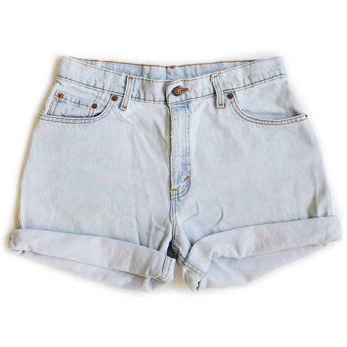 Vintage Levi's Light Wash High Rise Cuffed Denim Shorts - 32