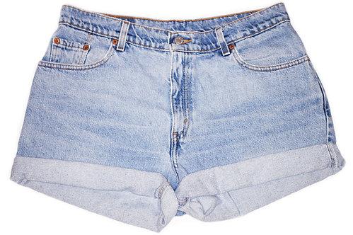 Vintage Levi's Light Wash High Rise Cuffed Shorts - Sz 32
