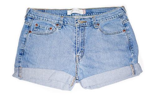 Vintage Levi's Light/Medium Wash Mid-High Rise Cuffed Denim Shorts - Sz 32