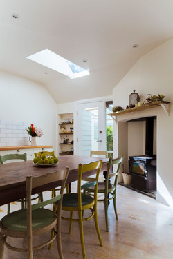 Kitchen and slow combustion heater