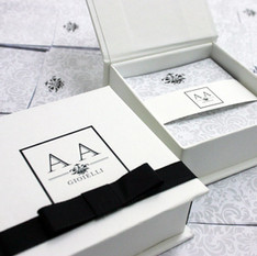 Caixa brinde corporativo personalizada - Joalheria AA Gioielli