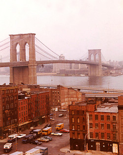 NYC56 Brooklyn Bridge, South St