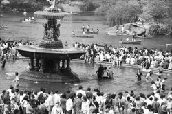 NYC59 Bethesda Fountain