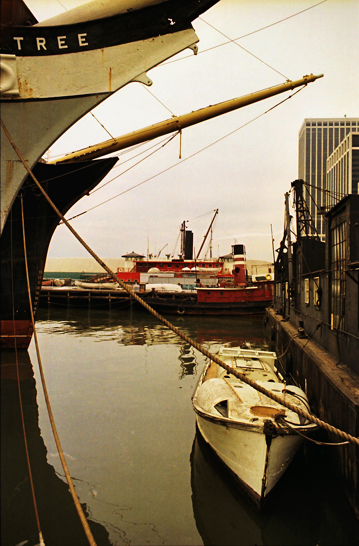 NYC17 NY Harbor, 1980s