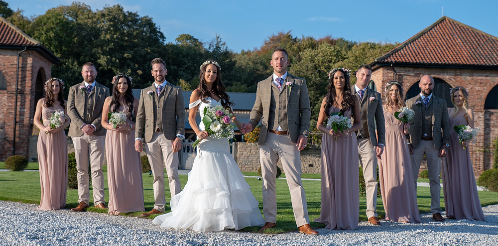 Bridal party and groomsmen photo