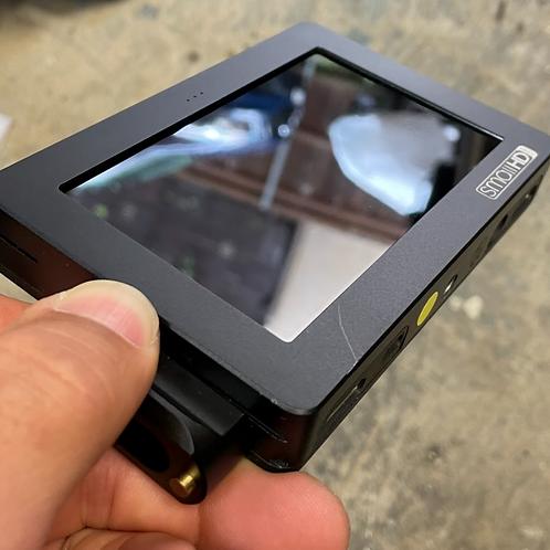 Small HD DP4