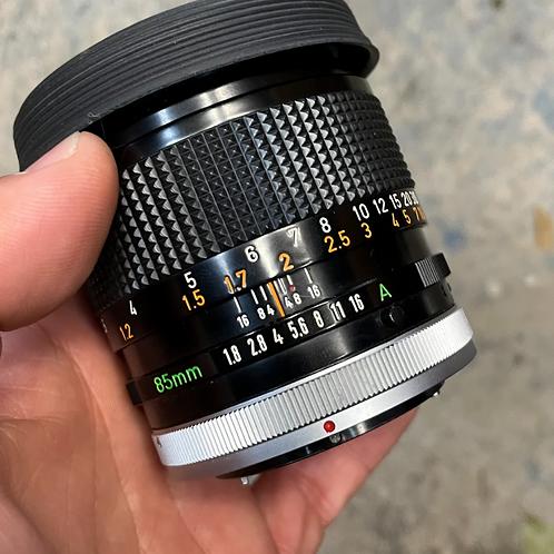 85mm FD 1.8 lens