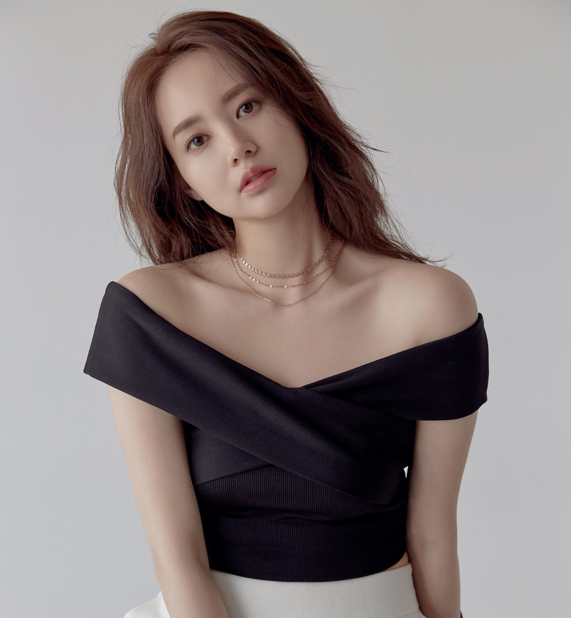 20190515 김하린 프로필02203_edited