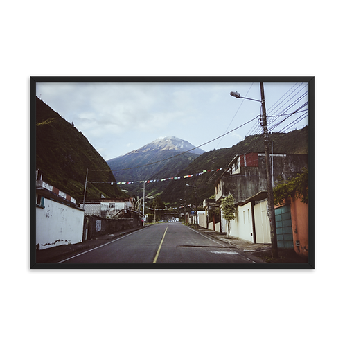 Volcan Tungurahua framed print