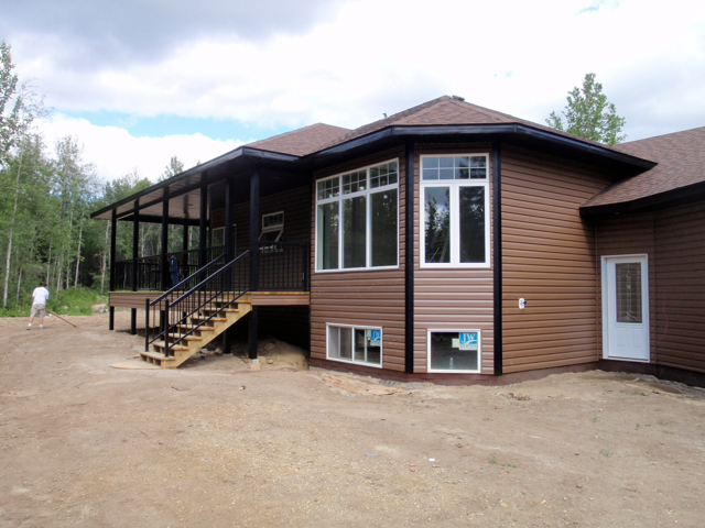 Custom Home - between Grimshaw and Peace River AB