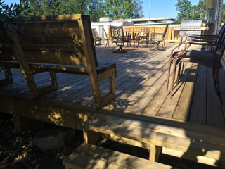Deck with Built-in Seating