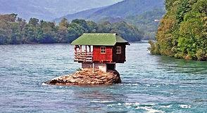 Haus River Drina.jpg