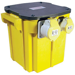 5-KVA-Transformer-230-110V-cw-2x16a-1x32a-sockets.jpg