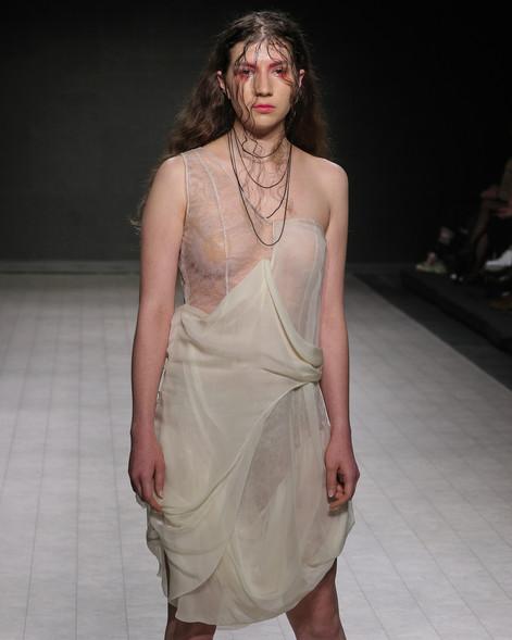 Photographer: Dale Rollings Model: Geneviève Goutzioulis  VFW SS20