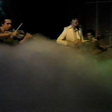 Doctors-on-Twiggy-show-1975-.jpg