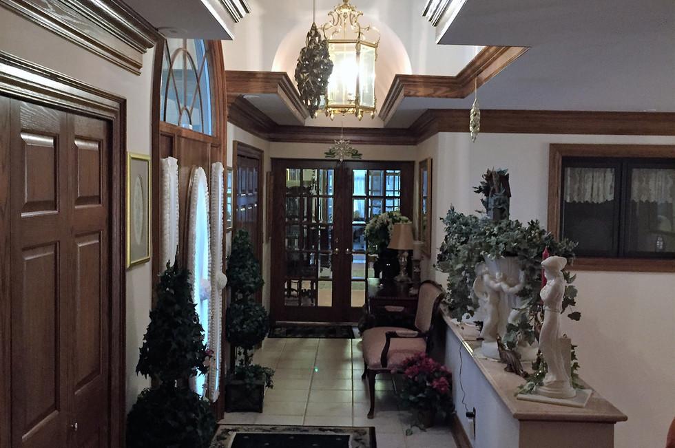 Jones Hallway.jpg