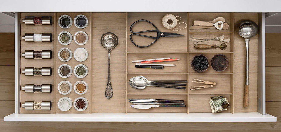 siematic-interior-drawers-pullouts-wood-