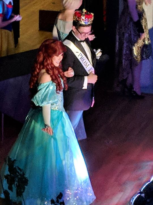 Ariel and our Prom King, the perfect Pro