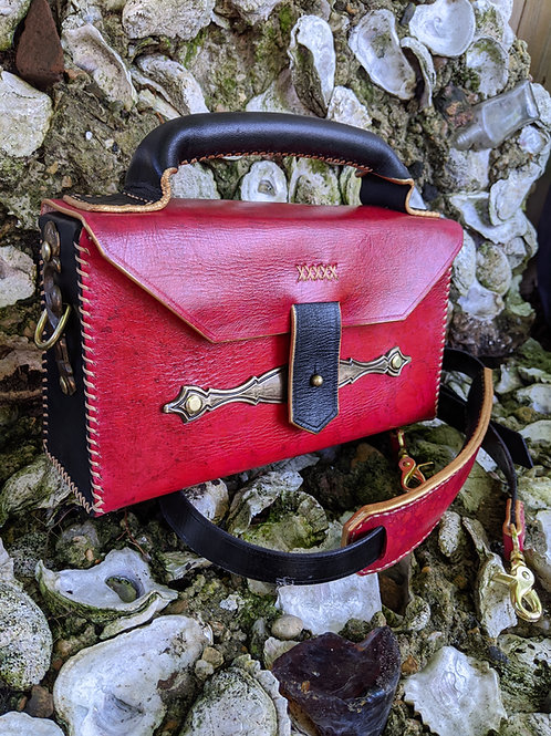 Topshelf Purse in red and black