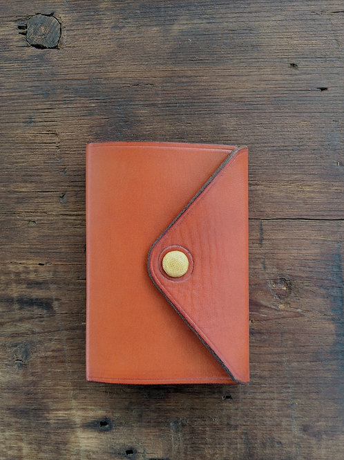 Compact Journal in caramel
