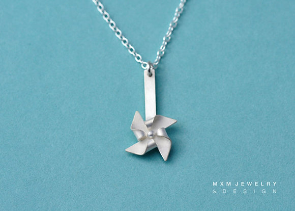 Handfolded Pinwheel Necklace / Post Up