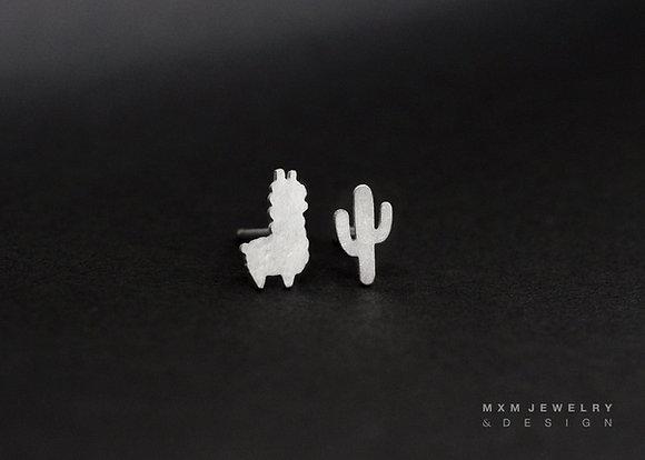 Llama / Alpaca Stud Earrings