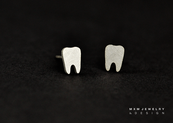 Teeth / Dentist Stud Earrings