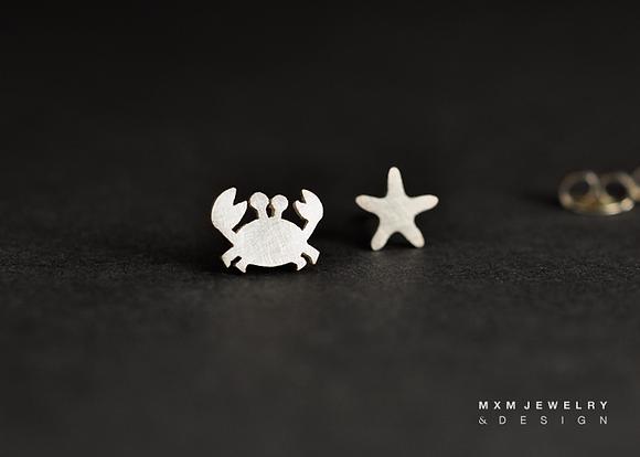 Crab & Starfish Stud Earrings