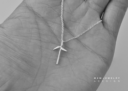 Windmill Necklace